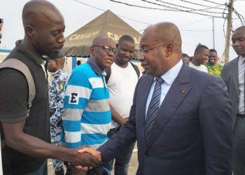 Le ministre Siandou Fofana, parrain de la fête anniversaire de l'arrivée à la tête du village ébrié d'Agbaou de la génération « Bléssoué Dongba » dans la commune de Port-Bouët, a marqué de sa présence effective la manifestation qui s'est tenue le samedi dernier.