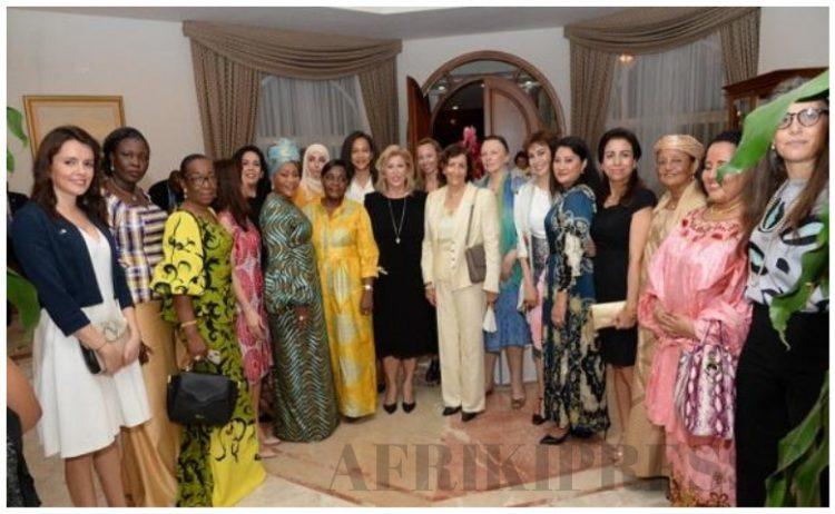 Vœux de nouvel an 2020 : 230 femmes chez Dominique Ouattara