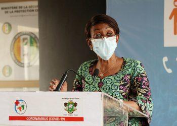 La ministre ivoirienne de la Femme, de la Famille et de l'Enfant, Ramata Ly-Bakayoko le 18 avril 2020 à Abidjan