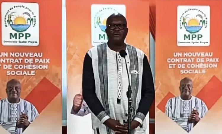 Peu de temps juste après la proclamation des résultats provisoires par la CENI (Commission électorale nationale indépendante) le donnant vainqueur de l'élection présidentielle du 22 novembre 2020 au Burkina Faso, le Président élu, Roch Marc Christian Kaboré a fait une déclaration face à la presse nationale et internationale en fin de matinée de ce jeudi 26 novembre 2020, au QG de campagne de son parti politique, le MPP, situé à Nonsin, un quartier de la capitale burkinabè.