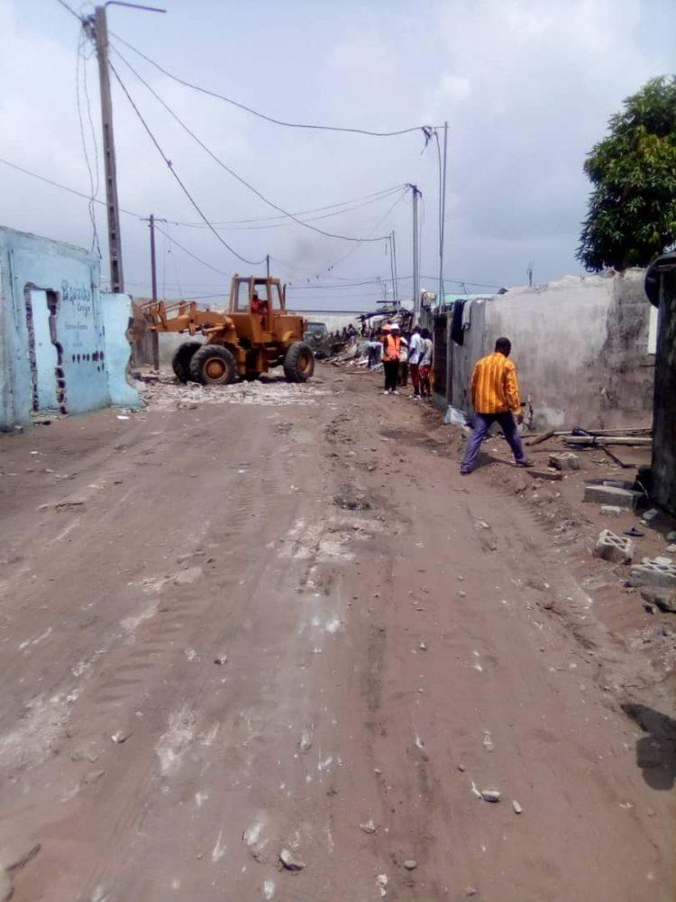 Exclusif- Côte d'Ivoire :  des Bulldozers  à Adjoufou ce mardi 2 février, les habitants racontent