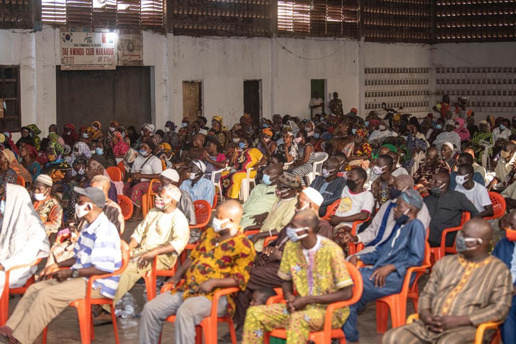 Législatives 2021 : Amadou Koné explique le rôle du député aux commerçants de Bouaké (Côte d'Ivoire)