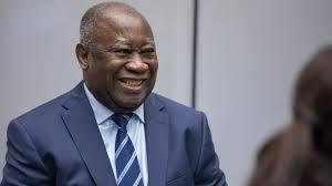 ASSOA Adou, le secrétaire général du FPI pro Gbagbo donne les raisons du retour avorté de l'ex président ivoirien en Côte d'Ivoire.