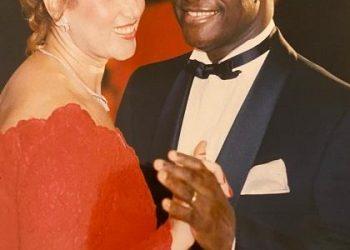 Quand les épreuves forgent le destin du banquier Alassane Ouattara