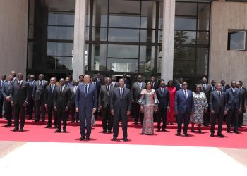 Le président de la république, Alassane Ouattara a rassuré les ministres sortants du précédent gouvernement quant à leur avenir politique.