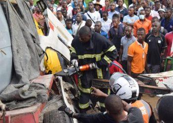Dans un communiqué du ministère des transports suite au grave accident survenu ce jeudi 22 avril au petit matin sur l'axe Yopougon-Abobo,