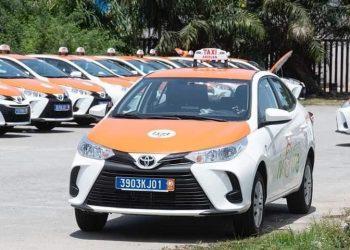 Dans l'optique d'accroître la mobilité des Abidjanais, le ministre ivoirien des transports, Amadou Koné a renouvelé le parc automobile