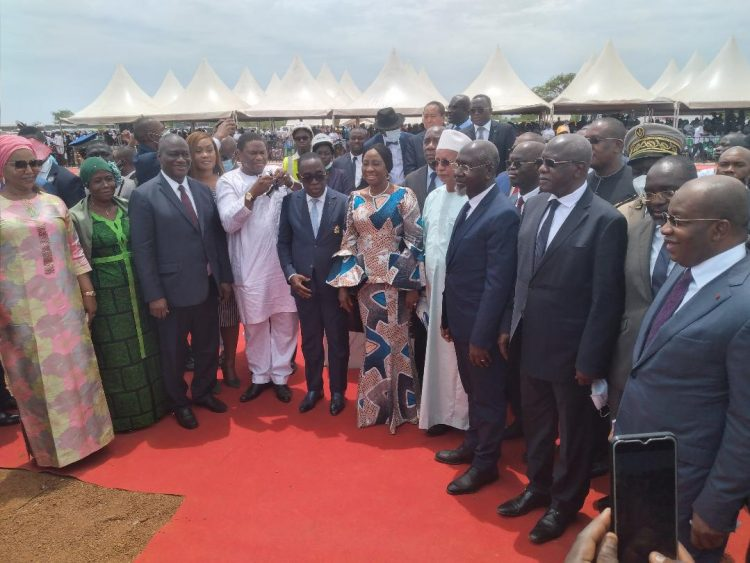 Mme Kandia Kamissoko Camara, ministre d'état, ministre des affaires étrangères, de l'intégration africaine et de la diaspora, représentant