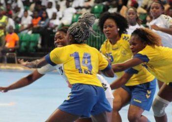 La Tunisie, le Sénégal, l'Angola et le Congo ont composté vendredi 11 juin 2021 à Yaoundé, leurs billets pour les quarts de finale de la 24ème édition de la CAN des seniors dames de handball à l'issue de la 4ème journée des rencontres de groupes. Ces pays rejoignent le Cameroun et le Congo déjà qualifiés.