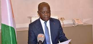 Le gouvernement ivoirien, représenté par le ministre de la Santé, de l'Hygiène publique et de la Couverture maladie universelle, Pierre Dimba