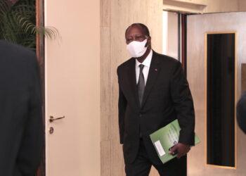 Ici l'expert en communication et patron du centre d'information et de communication gouvernementale, Bakary Sanogo, revient sur le bilan, jugé inattaquable de Ouattara sur la période de 2011 à 2018. Ce qui lui a valu l'onction du peuple aux dernières élections présidentielles de 2020.