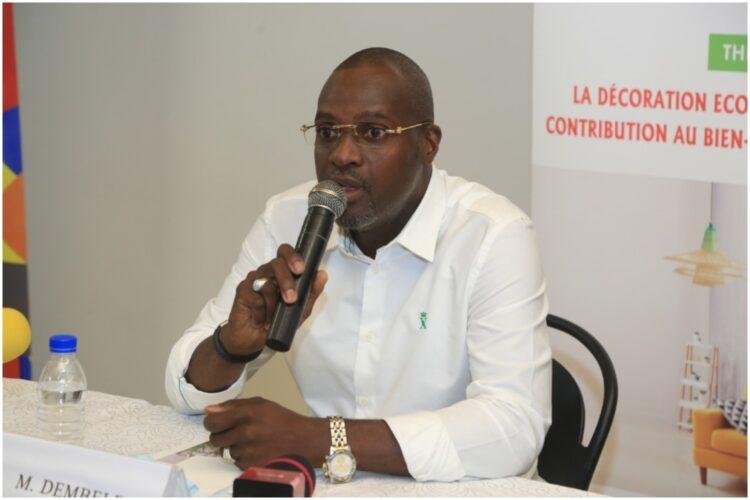 Dembélé Alassane, promoteur du salon international de la décoration d'Abidjan affirme que la décoration est un secteur pourvoyeur d'emplois.