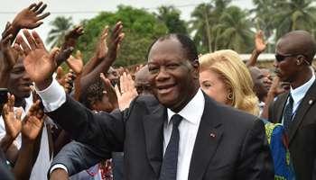 Même s'il avait effectivement envisagé de partir en vacances à Mougins, et que des proches en avaient été informés par lui-même, le président ivoirien, Alassane Ouattata, était encore à Abidjan le vendredi 13 août 2021, au moment où le confrère Jeune Afrique écrivait qu'il avait pris le vol, le même jour.