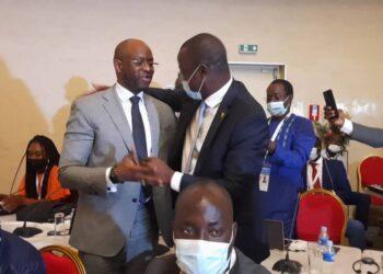 Le mercredi 11 août 2021 s'est tenue, en marge du 27e Congrès du l'Union postale universelle au Sofitel Hôtel Ivoire à Abidjan , une session extraordinaire de la Conférence ministérielle des postes des États de l'Afrique de l'Ouest (CPEAO). Une rencontre qui a vu la désignation de la Guinée, à travers son Ministre des postes, des télécommunications et de l'économie numérique Saïd Oumar Koulibaly. Dans la même veine, le Sénégalais Adama Diouf, consultant à la CPEAO, a été élu Secrétaire exécutif de l'institution.