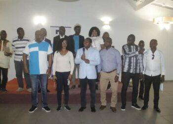 48 heures après la journée de réflexion sur le football ivoirien organisée par Balle à terre et Totem communication, sanctionnée par la mise en place d'un comité de veille et de suivi des résolutions et recommandations, les Éléphants de Côte d'Ivoire ont apporté du baume au cœur des populations ivoiriennes, en remportant par deux buts à un (2-1) face au Cameroun, le match de poule dans le cadre des éliminatoires pour la qualification au Mondial 2022 au Qatar.