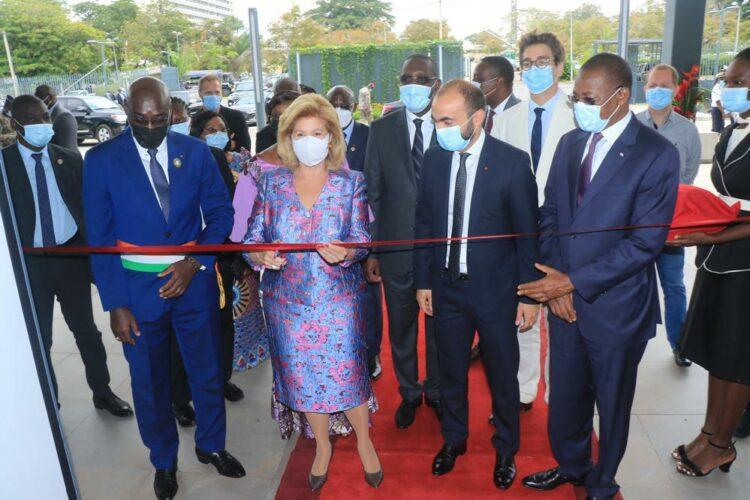 Ivoire Trade Center (ITC), le centre d'affaires construit par PFO Immobilier filiale de PFO Africa dans le quartier Cocody au nord d'Abidjan a été officiellement ouvert par la Première Dame de Côte d'Ivoire Dominique Ouattara, lors d'une cérémonie d'inauguration , le jeudi 30 septembre 2021 en présence des ministres Bruno Koné de la Construction et de l'urbanisme, et Souleymane Diarrassouba de l'Industrie et du Commerce.