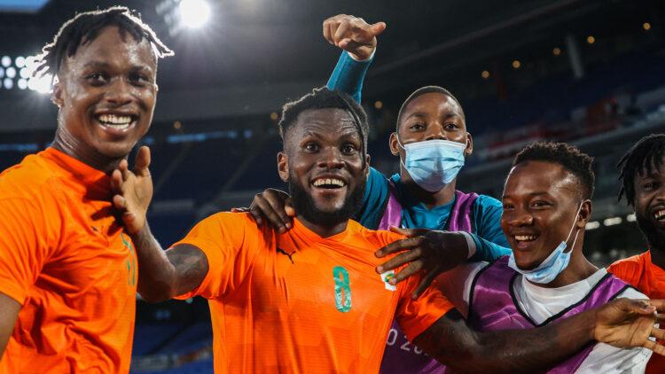 En match de la 2ème journée des éliminatoires du Mondial 2022 de football (groupe D), la Côte d'Ivoire a battu le Cameroun (2-1) lundi 6 septembre 2021 au stade Olympique Alassane Ouattara d'Ébimpé grâce à deux réalisations de Sébastien Haller.