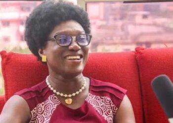 Pulchérie Gbalet, Présidente d'Alternative Citoyenne Ivoirienne (ACI) n'est pas favorable au retour de la limitation de l'âge des candidats à l'élection présidentielle en Côte d'Ivoire. Selon elle , ce n'est pas en limitant l'âge de la candidature à la présidentielle, que l'on va résoudre le problème des Ivoiriens, ajoutant que l'on peut avoir quelqu'un qui est jeune, qui n'incarne aucune valeur.