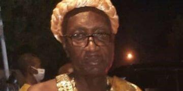 Bahinchi Yvon, chef du village d'Assinie-Sagbadou (Côte d'Ivoire), est sous le charme au Festival panafricain du cinéma et de la télévision de Ouagadougou (Fespaco).