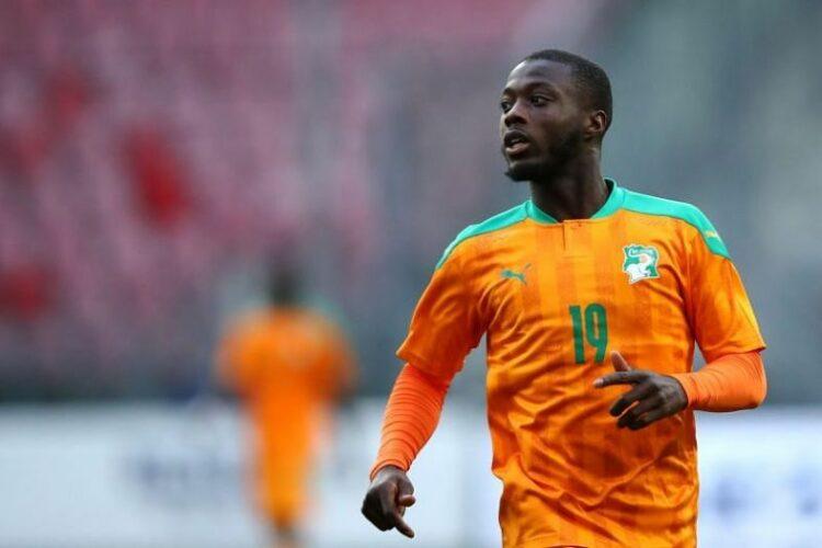 La Côte d'Ivoire a battu le Malawi par 2-1 lundi 11 octobre 2021 à Cotonou au Bénin dans le cadre du match de la 4ème journée des éliminatoires du Mondial 2022 de football. Cette victoire maintient les Éléphants en tête du classement dans le groupe D avec 10 points.
